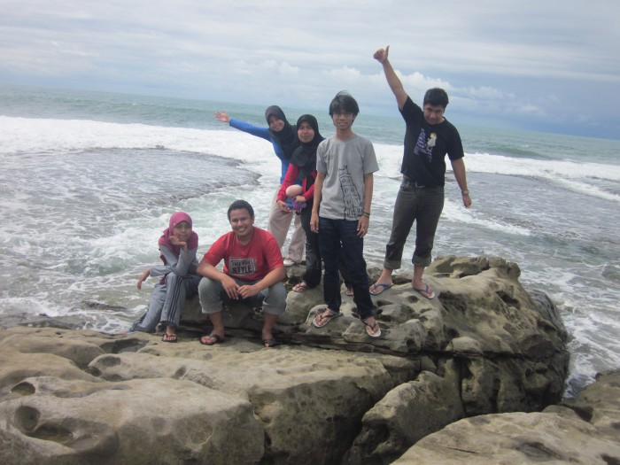 Pantai BAyah