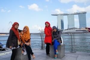 Marina Bay Sand dari Taman Merlion